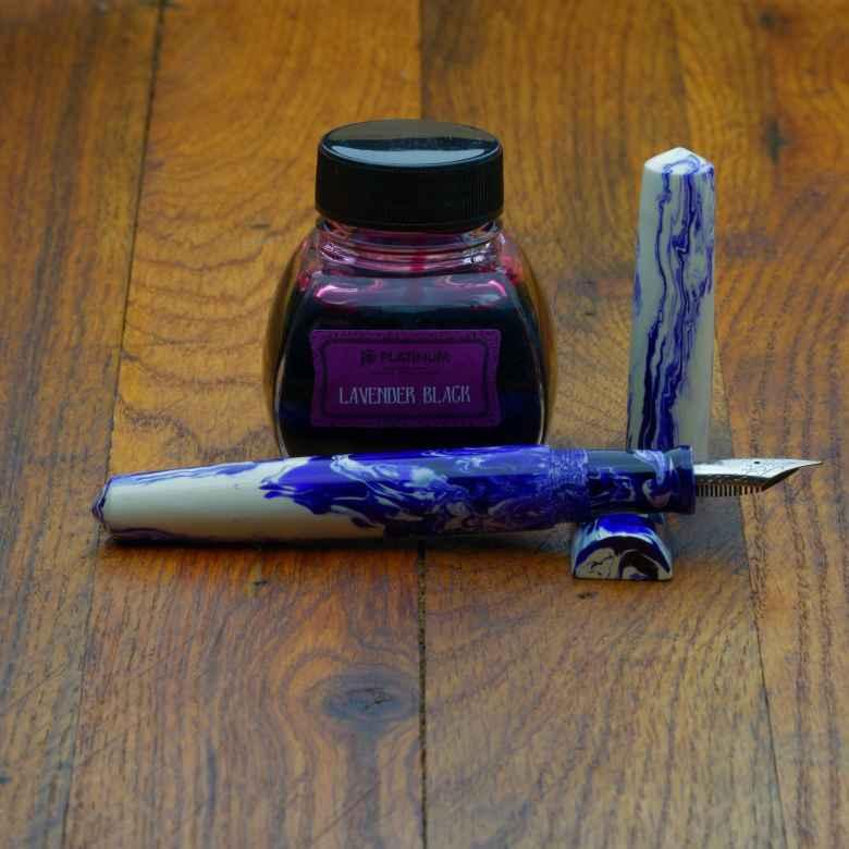 Ghost Koi Scriptorium Pens Idyll prototype  (IF) filled with Platinum Classic Lavender Black