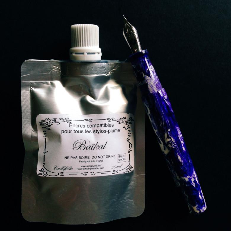 Ghost Koi Scriptorium Pens Idyll prototype  (IM) filled with Callifolio Baïkal