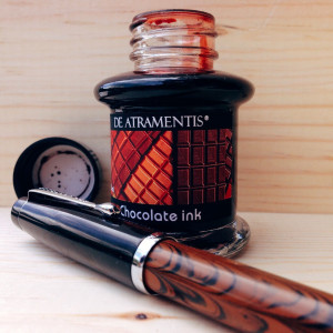 Dixie #10 Methuselah's Pine Cone Noodler's Konrad Ebonite (IB) filled with De Atramentis Chocolate