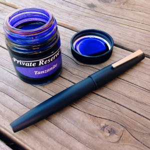 Makrolon Lamy 2000 0.6mm CI filled with Private Reserve Tanzanite